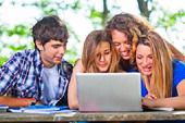 Studenten auf der Suche nach der besten Kreditkarte
